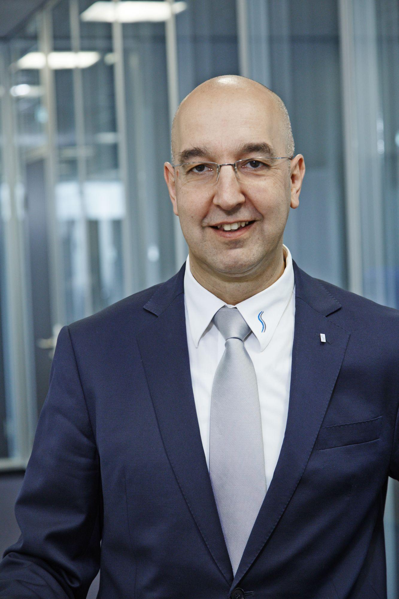 Karl Großalber VP Marketing & Sales
